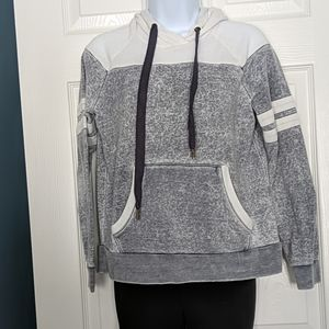 ⭐5 for $25 Forever 21 Hoodie